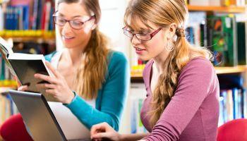 Curso online Certificación Universitaria en Animación a la Lectura + Aplicación de las Bibliotecas Escolares y Web 2.0 (Curso Homologado y Baremable en Oposiciones de la Administración Pública + 8 Créditos ECTS)