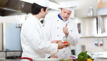 Curso online Cocinero/a Profesional en Colectividades (Hospitales-Residencias-Colegios-Comedores Colectivos) + Seguridad Alimentaria (Doble Titulación + 4 Créditos ECTS)