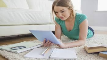 Curso homologado Curso Universitario de APPS Educativas para Centros Educativos: Comunicación entre Profesores, Padres y Alumnos + Curso Universitario de Organización Escolar (Doble Titulación + 8 Créditos ECTS)