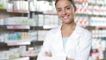 Curso online Curso Universitario de Especialización en Atención Farmacéutica y Seguimiento Farmacoterapéutico (Titulación Universitaria + 8 ECTS)