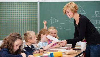 Curso online Certificación Universitaria en Atención Socioeducativa (Curso Homologado y Baremable en Oposiciones de la Administración Pública + 4 Créditos ECTS)
