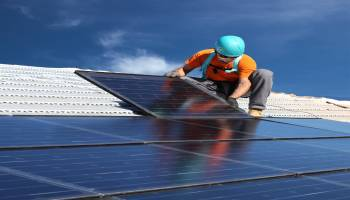 Curso homologado Curso Universitario de Energía Solar Fotovoltaica + Titulación Universitaria en Energía Solar Térmica (Doble Titulación + 8 ECTS)