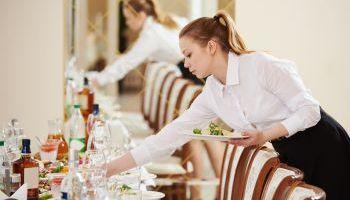 Curso online Curso Universitario en Seguridad Alimentaria en Bodas, Banquetes y Celebraciones (Doble Titulación + 4 Créditos ECTS)
