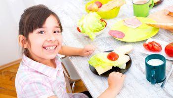 Curso online Curso Universitario en Seguridad Alimentaria en Guarderías y Centro de Educación Infantil (Doble Titulación + 4 Créditos ECTS)