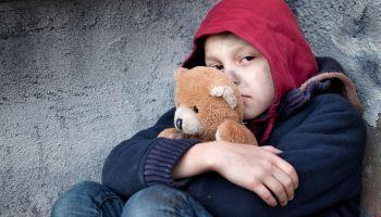 Formación homologada Curso Superior Universitario en Dirección de Centros de Menores (Curso Baremable en Oposiciones de la Administración Pública)