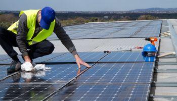 Curso homologado Curso Universitario de Montaje Eléctrico y Electrónico en Instalaciones Solares Fotovoltaicas (Titulación Universitaria + 2 ECTS)