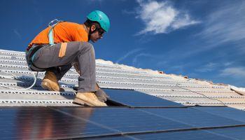 Curso homologado Curso Universitario de Prevención de Riesgos Profesionales y Seguridad en el Montaje de Instalaciones Solares (Titulación Universitaria + 2 ECTS)